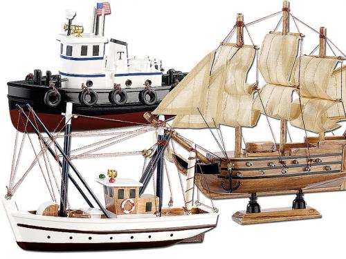 Holzbausatz Schiffe 3er-Set.