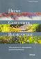 Hecke, Gartenweg und Blumenwiese. Lebensräume im Naturgarten passend bepflanzen. Bild 1