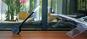 Schwarze Schreibtischlampe aus Holz »Oktagon«. Bild 5